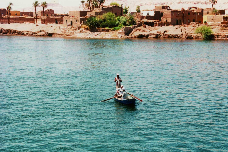 Travel on the Nile | Dr Steven A Martin | Learning Adventures | International Education Online | Steven Martin PhD