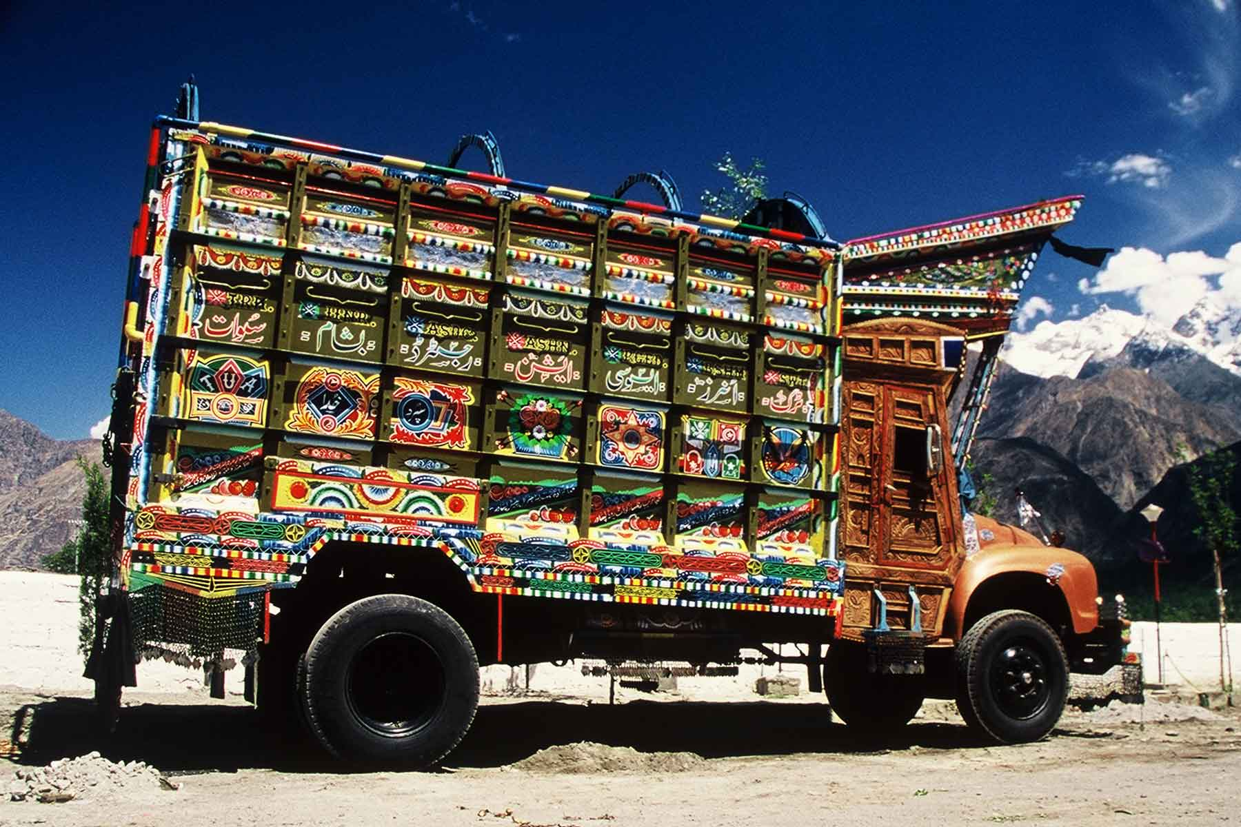 Colorful Bedford Pakistani Truck - Pakistan Photo Journal - Steven Andrew Martin - Karakoram Highway - Silk Road