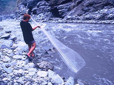 Traditional Bunun Fishing at 內本鹿 Laipunuk Photo Journal - Steven Andrew Martin