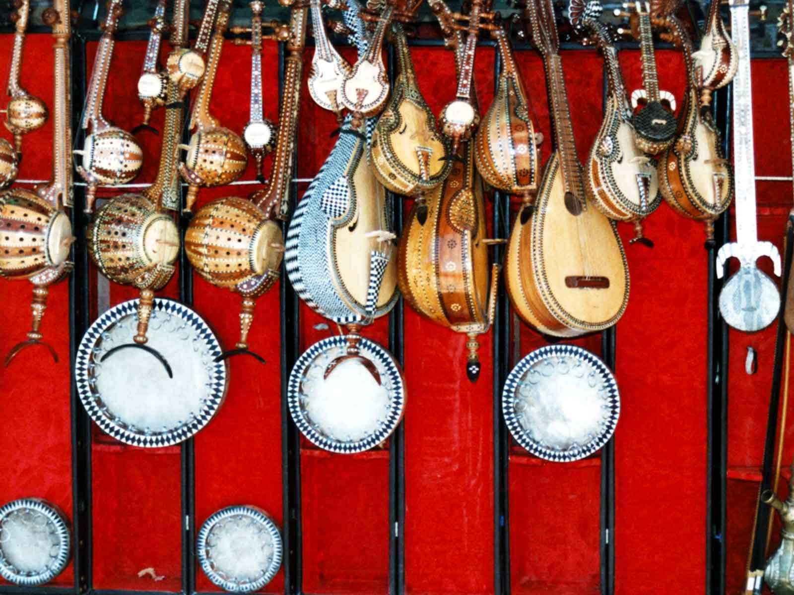 Musical instruments for sale in Kashgar - University of Hawaii - Silk Road China Study Tour - Steven Andrew Martin 1995