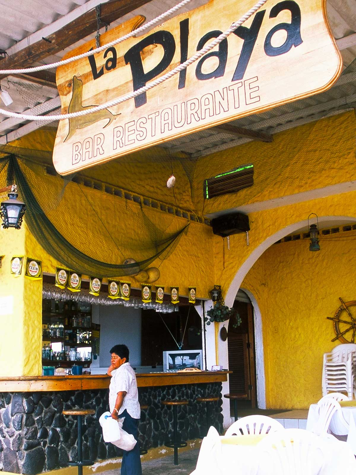 Galapagos Cafe Bar Restaurant | Steven Andrew Martin | Photo Journal | Education Research Ecuador