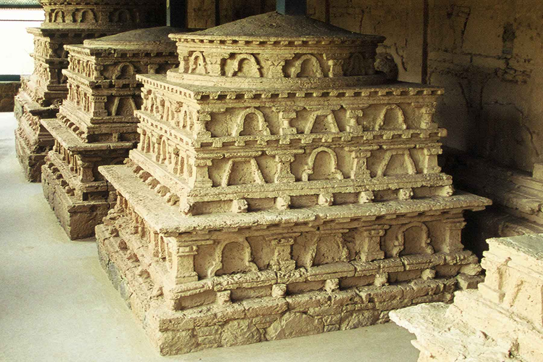 Taxila - Stupas at Jaulian Buddhist Monastery -  Steven Andrew Martin - Pakistan photo journal - Gandhara Civilization