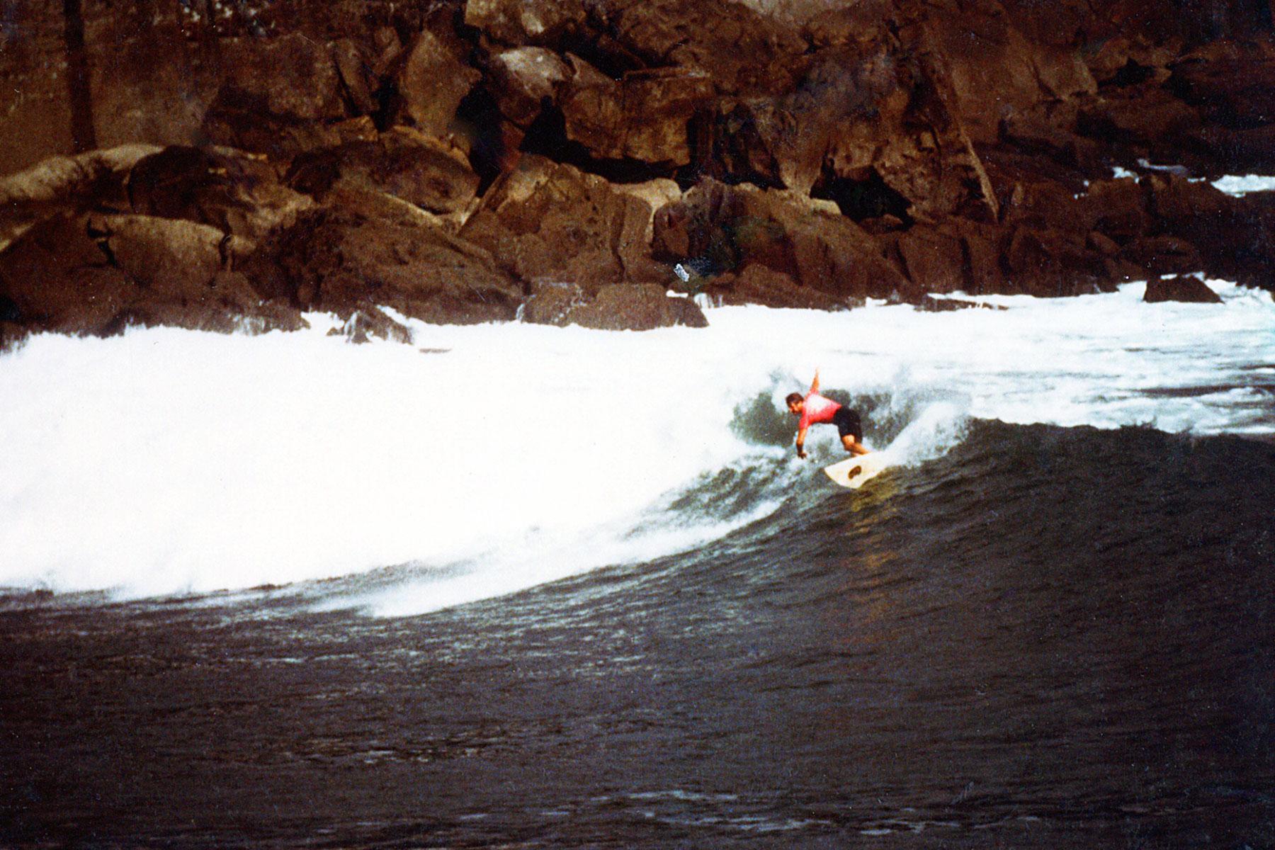 Surfing Spain   Ubiri point break   Bay of Biscay   Karramarro (Crab) Basque Language   Steven Andrew Martin