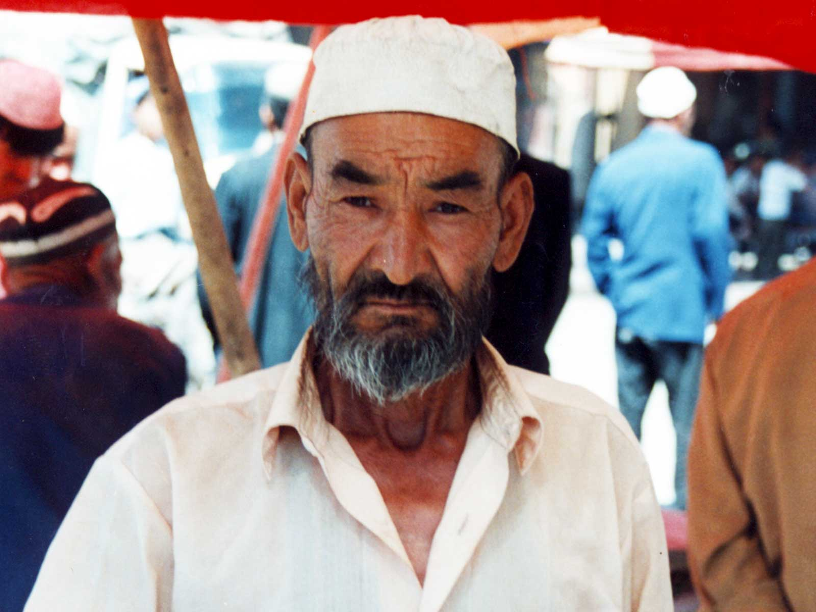 Tobacco seller - Kashgar China - Silk Road Photo Journal - Steven Andrew Martin - University of Hawaii Study Abroad