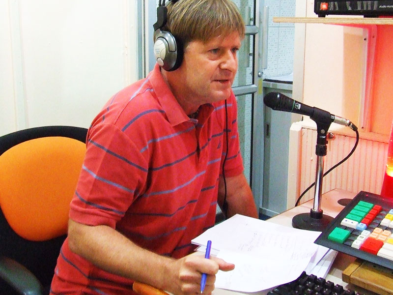 Dr Steven Andrew Martin -  Phuket Radio - Surf and Ocean Safety Thailand