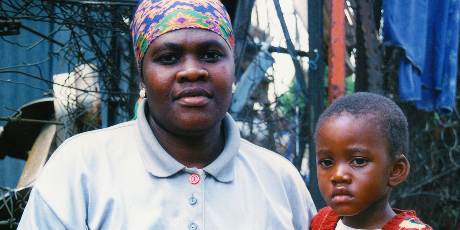 Xhosa mother and child at Soweto, South Africa - Steven Andrew Martin - School for International Training Photo Journal