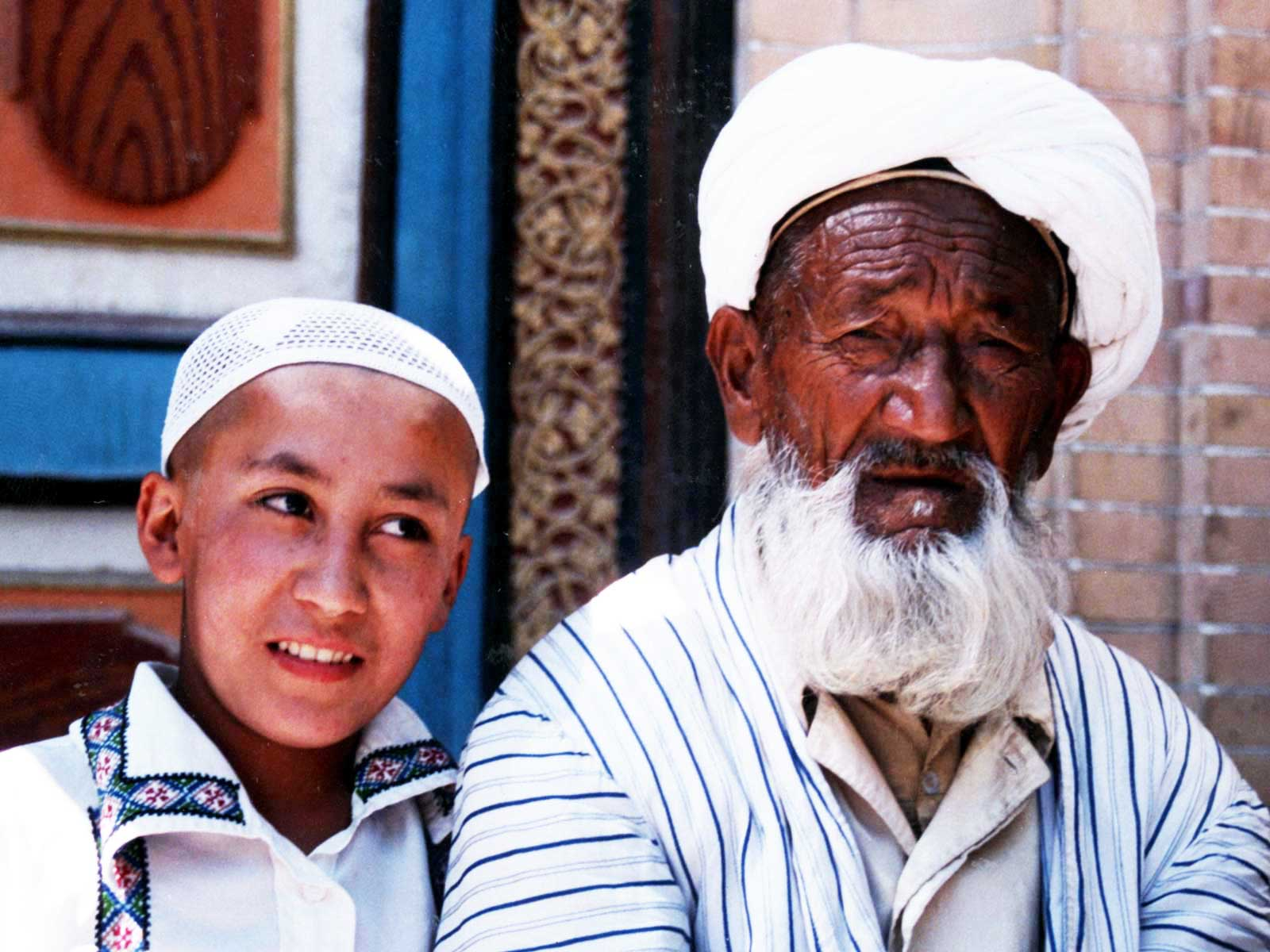 Islamic culture - Kashgar, Xinjiang, China - 1995 Silk Road Photo Journal - Dr Steven Andrew Martin - University of Hawaii Study Abroad