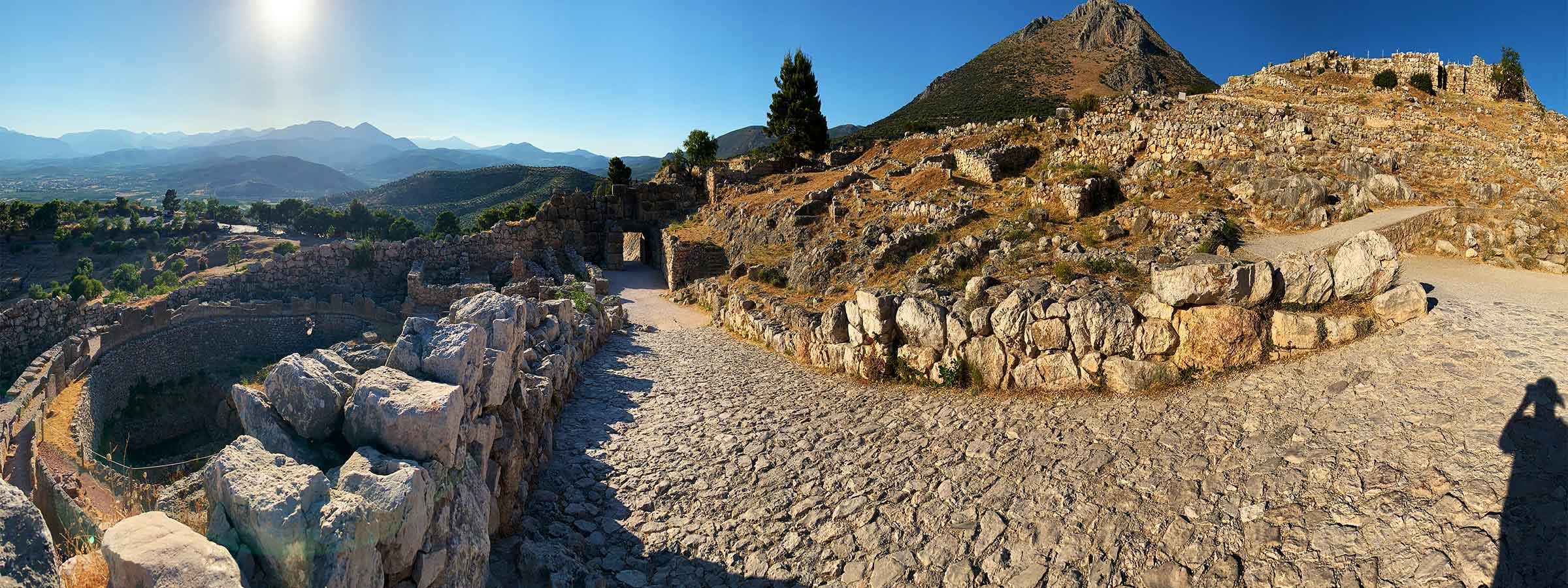 The Mycenaean Archaeological Site | 1600–1100 BC | Bronze Age Greece | Dr Steven Andrew Martin | Greek Archaeology Research