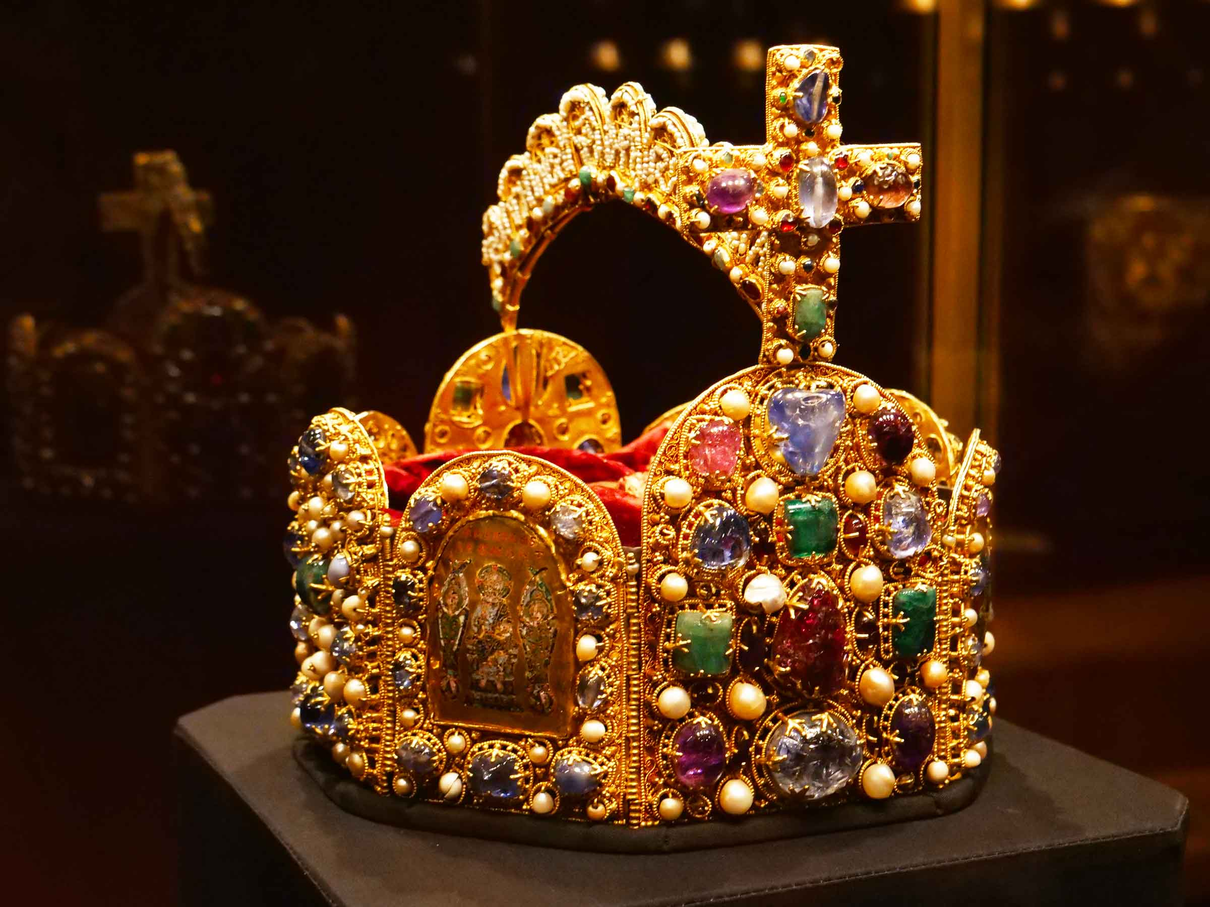 The Habsburg Imperial Crown | Treasury of the Vienna Hofburg | 962 | Dr Steven Andrew Martin | Vienna Austria | Vlog travels Europe