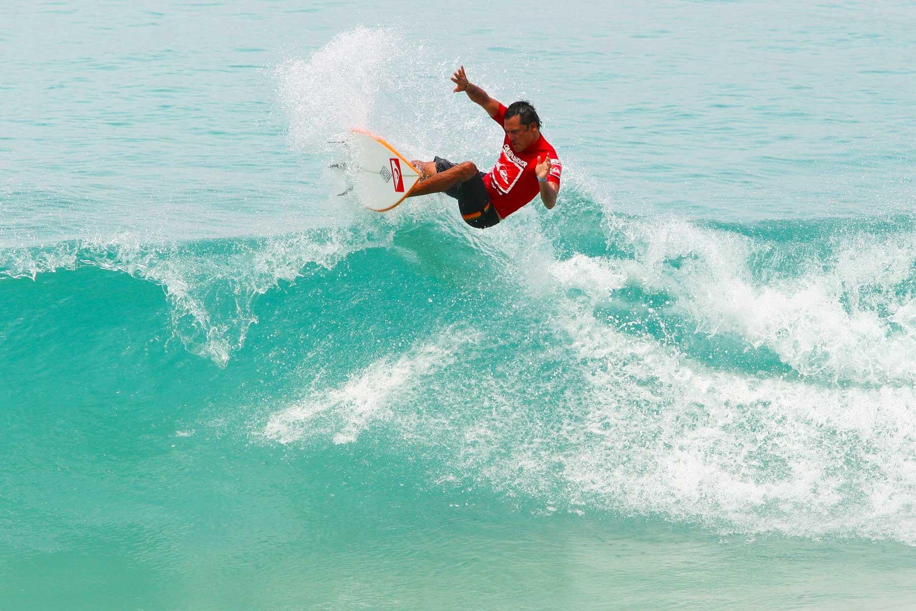 Tipi Jabrik | Surfing Thailand Kata Beach | Surf Tourism Research - Dr Steven Martin - Surf Science Andaman Sea
