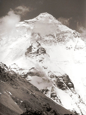 Mount Everest black and hhite - Tibet Photo Journal - Steven Andrew Martin