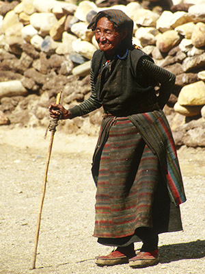 Tibetan woman - Steven Andrew Martin - Tibet Photo Journal