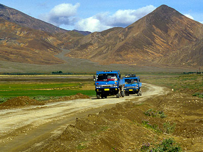 The open road - Tibet Photo Journal - Steven Andrew Martin