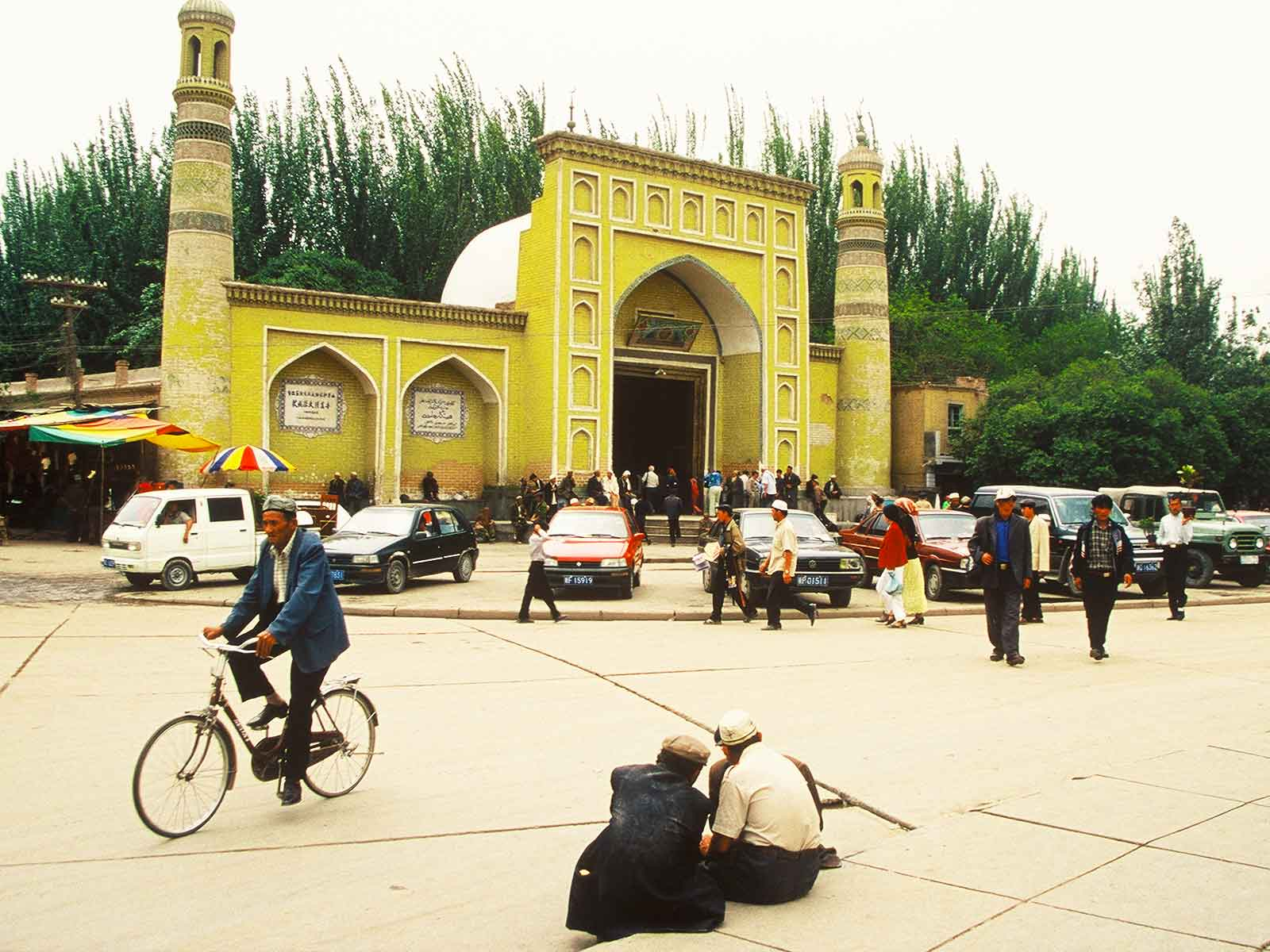 Islamic Culture - Id Kah Mosque - China Silk Road Journal - Dr Steven Andrew Martin - Research