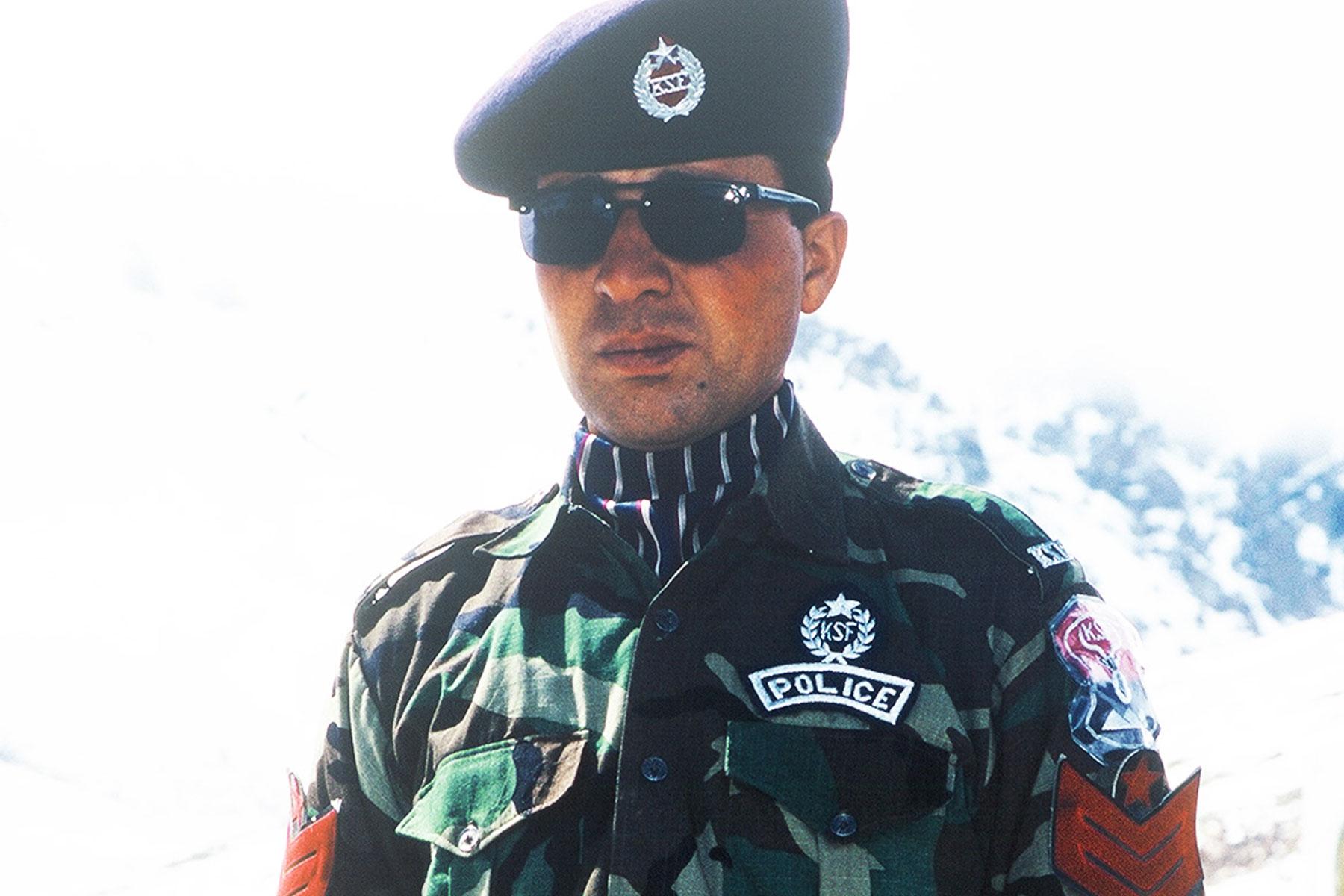 Sino-Pakistani border police - Pakistan Photo Journal - Steven Andrew Martin - Silk Road - Eastern Civilization