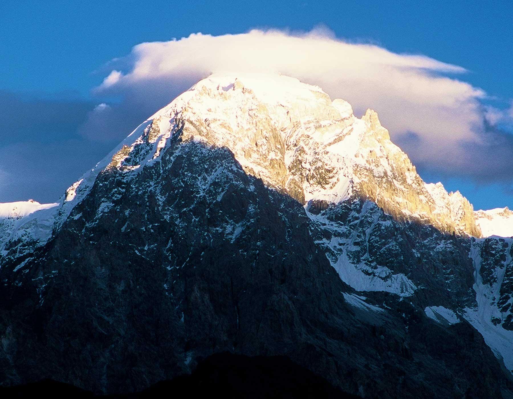 Pakistan Photo Journal - Dr Steven Martin - Karakoram Range - Gilgit - Silk Road