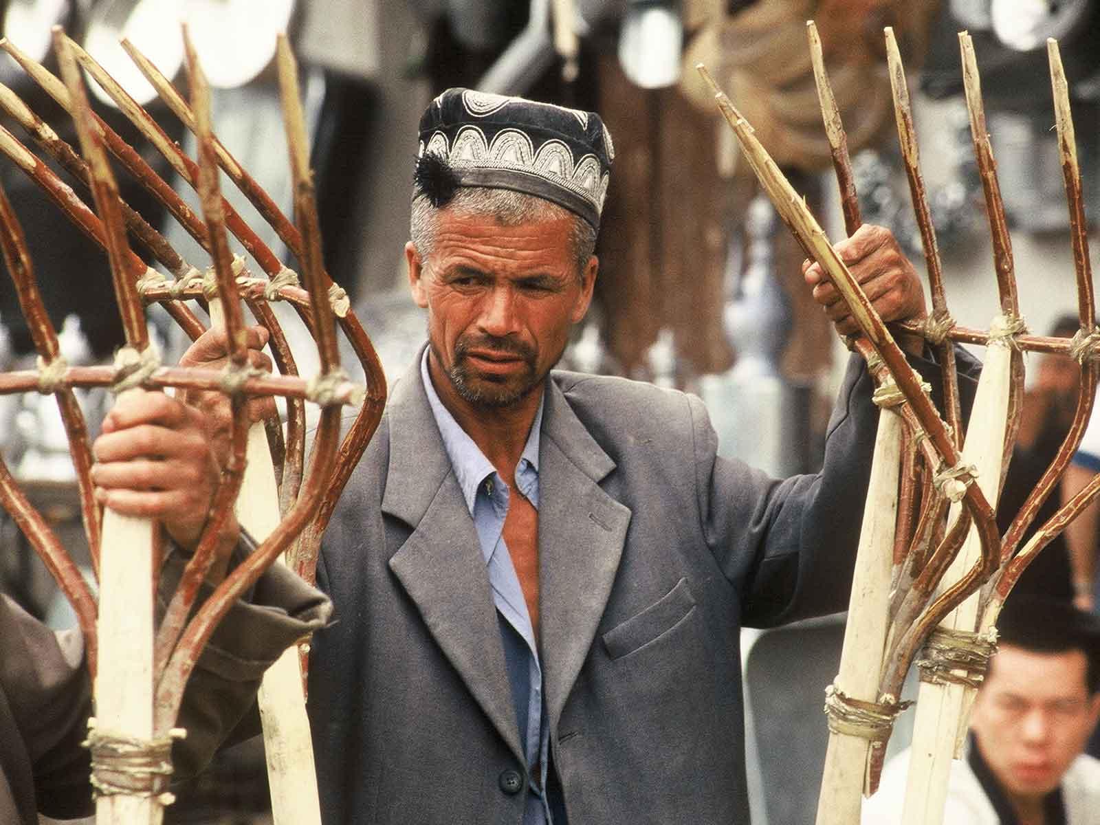 Kashgar Sunday Market - Xinjiang China - Silk Road Photo Journal - Steven Andrew Martin PhD - Study Abroad Research