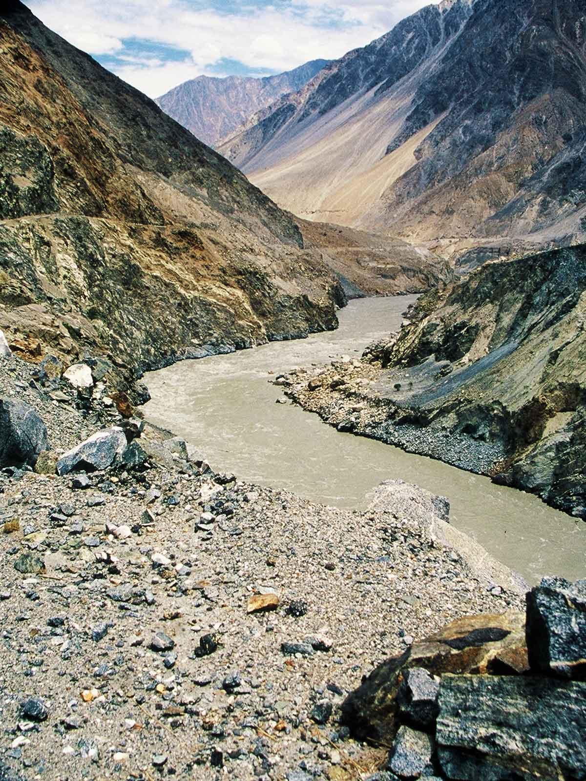Indus River Valley - Gilgit-Baltistan region - Pakistan Photo Journal - Karakoram Highway - Steven Martin - Silk Road