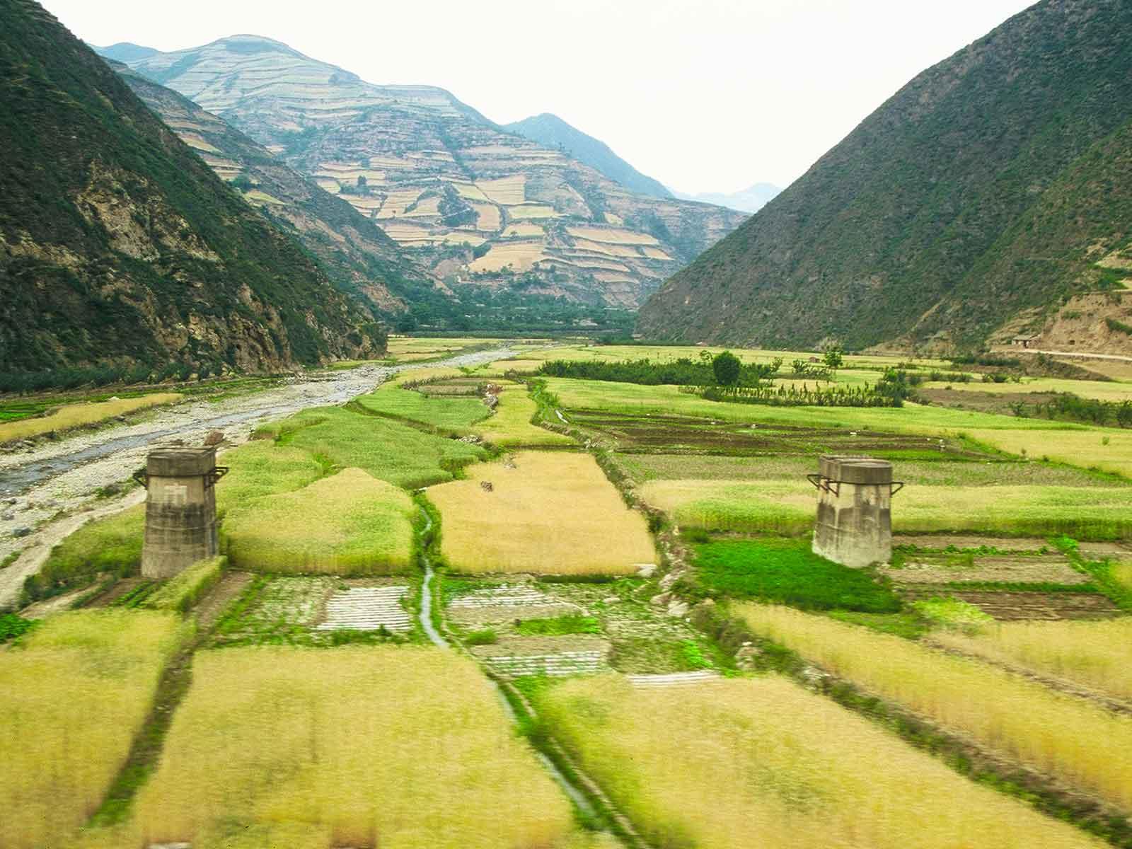 Train travel - Xian to Jiayuguan - Silk Road Photo Journal - Dr Steven Andrew Martin - Study Abroad Research
