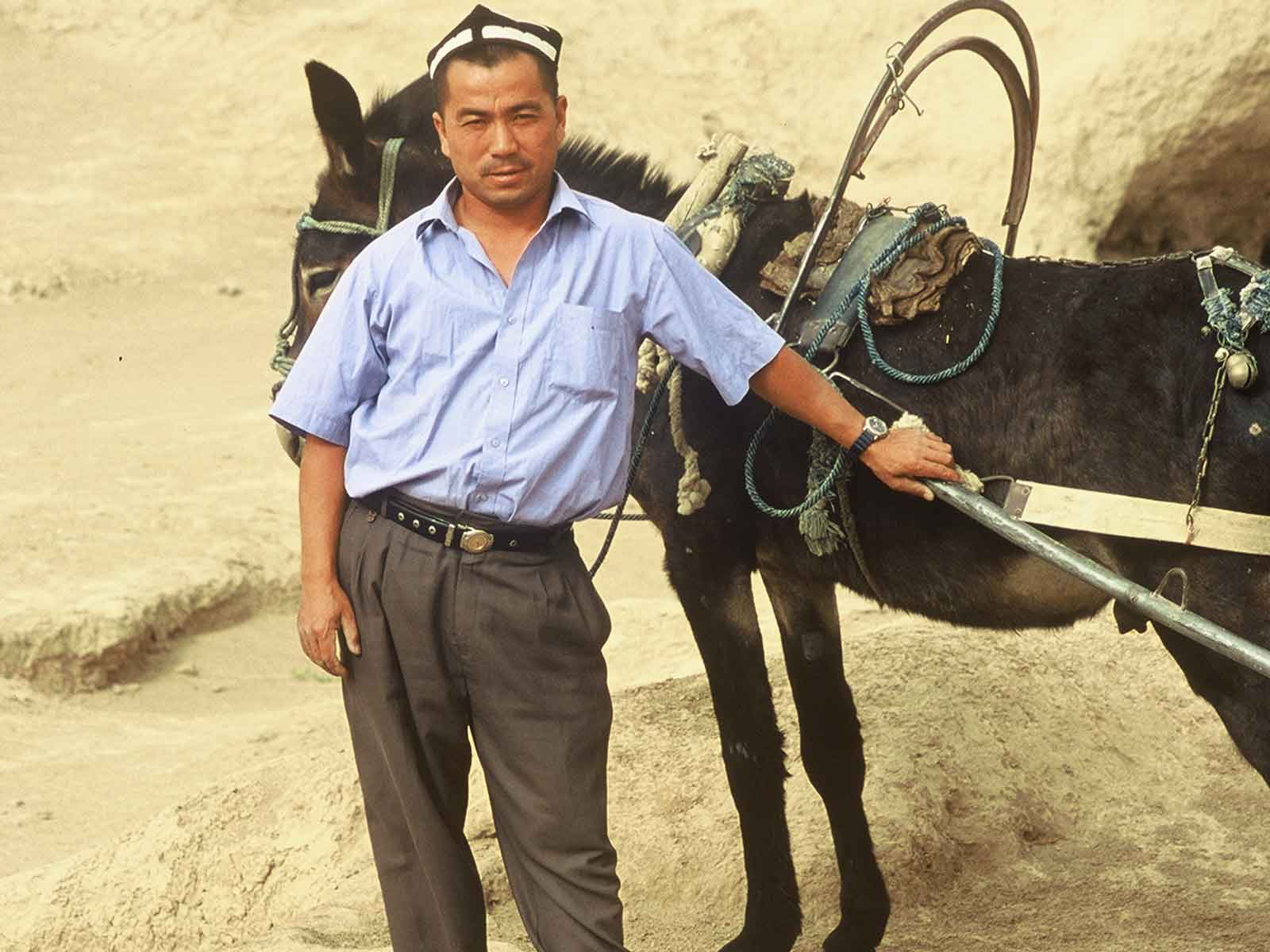 Gaochang ruins - Uyghur-Taxi - China Silk Road - Steven Andrew Martin - Study Abroad Journal 2001