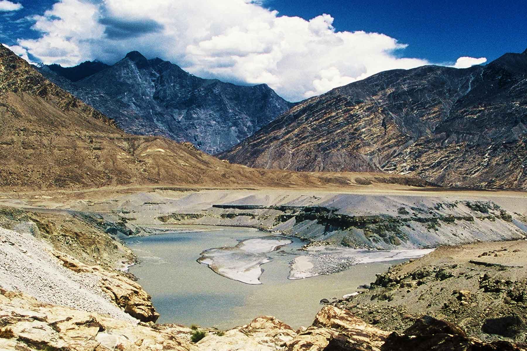 World's 3 Highest Mountain Ranges - Pakistan - Karakoram Highway - Steven Andrew Martin Photo Journal