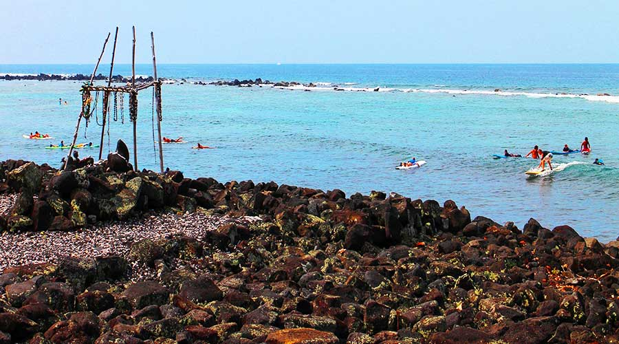Kahaluu Beach Park - Kuemanu Heiau - Surfing Lessons Hawaii - Steven Andrew Martin