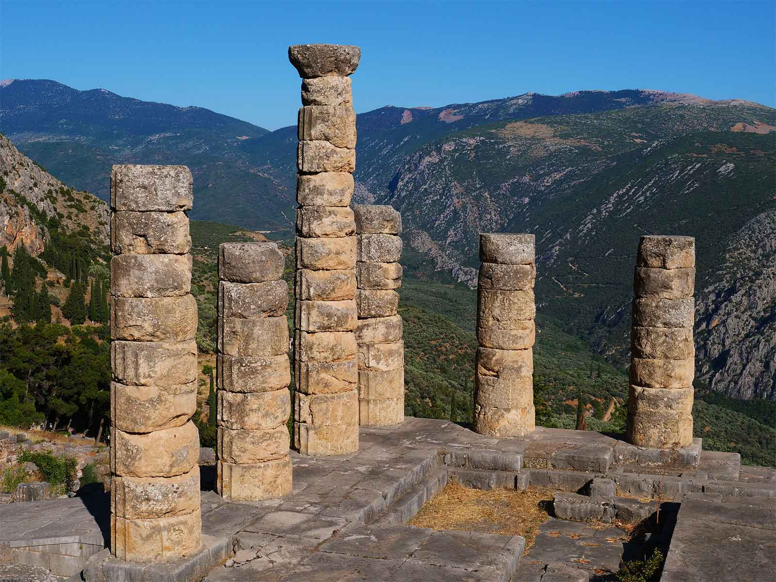 Oracle at Delphi | Temple of Apollo | Dr Steven Andrew Martin | 2019 Greek Archaeology Research